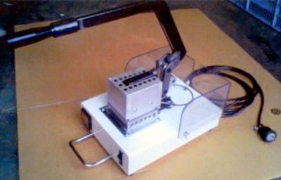 手動式膨化発泡食品製造装置